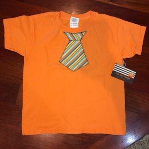 Tie Appliqué T-shirt in size 6